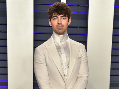 Joe Jonas PRAISES Ex-GF Taylor Swift