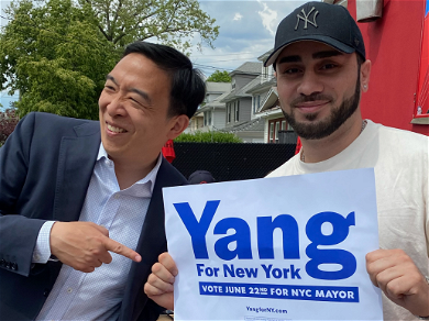 Singer Acosta Park Brunches With Andrew Yang, Talks Mayoral Issues