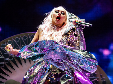 Hear Christina Aguilera's Leaked Original Song For 'The Addams Family'