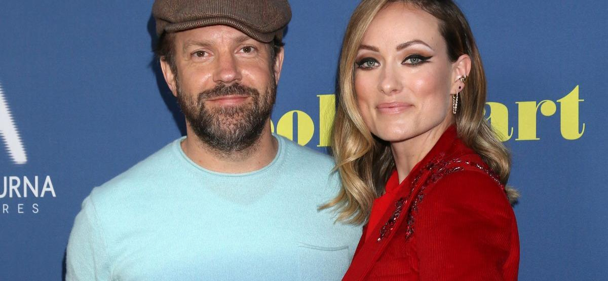 OliviaWilde's Back & Forth With Ex Jason Sudeikis Has Fans Worried About Her