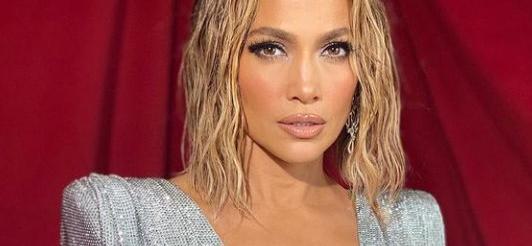 WATCH Jennifer Lopez Tease New Music Video Amidst Bikini Run