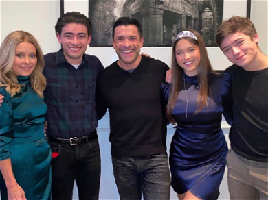 Kelly Ripa's 2019 Family Christmas Card Is a Trip