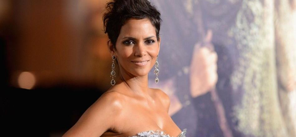 Halle Berry Flashes Rock-Hard Body, Eyes Up 'Another Belt In Jiu-Jitsu'