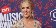 Watch Carrie Underwood Lose Her Mind at Guns 'N Roses Concert!
