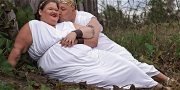 '1000-LB Sisters' Star Amy Slaton Celebrates Baby Shower With Toga Party Maternity Shoot!
