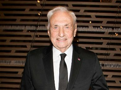 Famed Architect Frank Gehry Granted Restraining Order After Receiving Death Threats