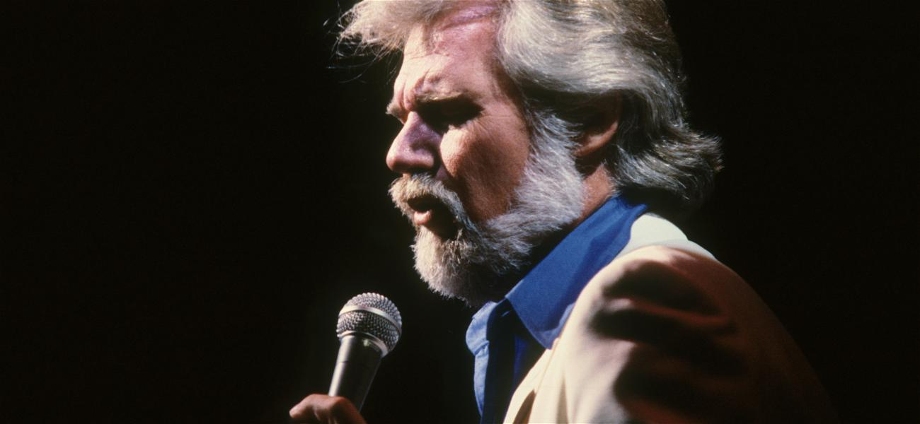 Stars from All Over Pay Tribute to Late Kenny Rogers