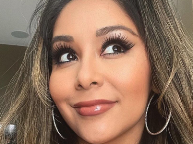 Snooki Struggles To Get All Three Kids Together For Sunday Funday Family Photo
