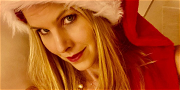 Howard Stern's Wife SIZZLES In Sexy Christmas Treat Celebrating Massive Deal!