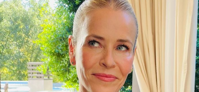 Chelsea Handler Looks Hot With Belly Button Bare For 'Best Shape' Thirst Trap