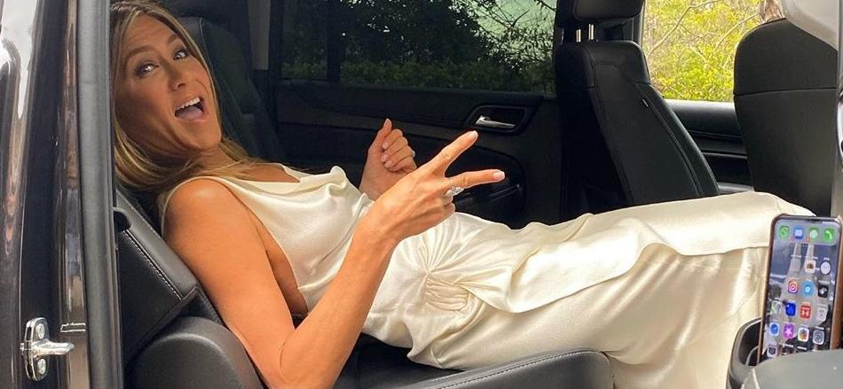Jennifer Aniston Turns 51 In Jaw-Dropping Pantless Leather Look