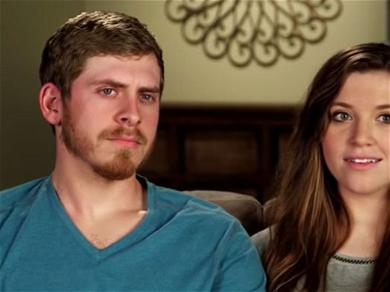 Mom-Shamers Go After 'Counting On' Star Joy-Anna Dugger After She Let Her Son Lick His Plate