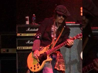 Johnny Depp Joins Stone Temple Pilots On Stage to Kick-Off Tour