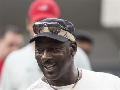 Michael JordanRequested A Fee Before Granting A Photo To A Fan