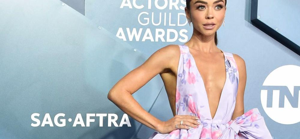 Sarah Hyland Lets It All Hang Out In Tiny Chain Bikini