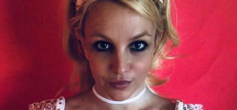 Fans Claim Britney Spears 'Cured Coronavirus' In Stunning Sundress Snaps