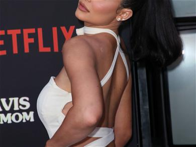 Kylie Jenner Shows Off Her Amazingly Toned Abs and Reveals Workout Plan for 2020