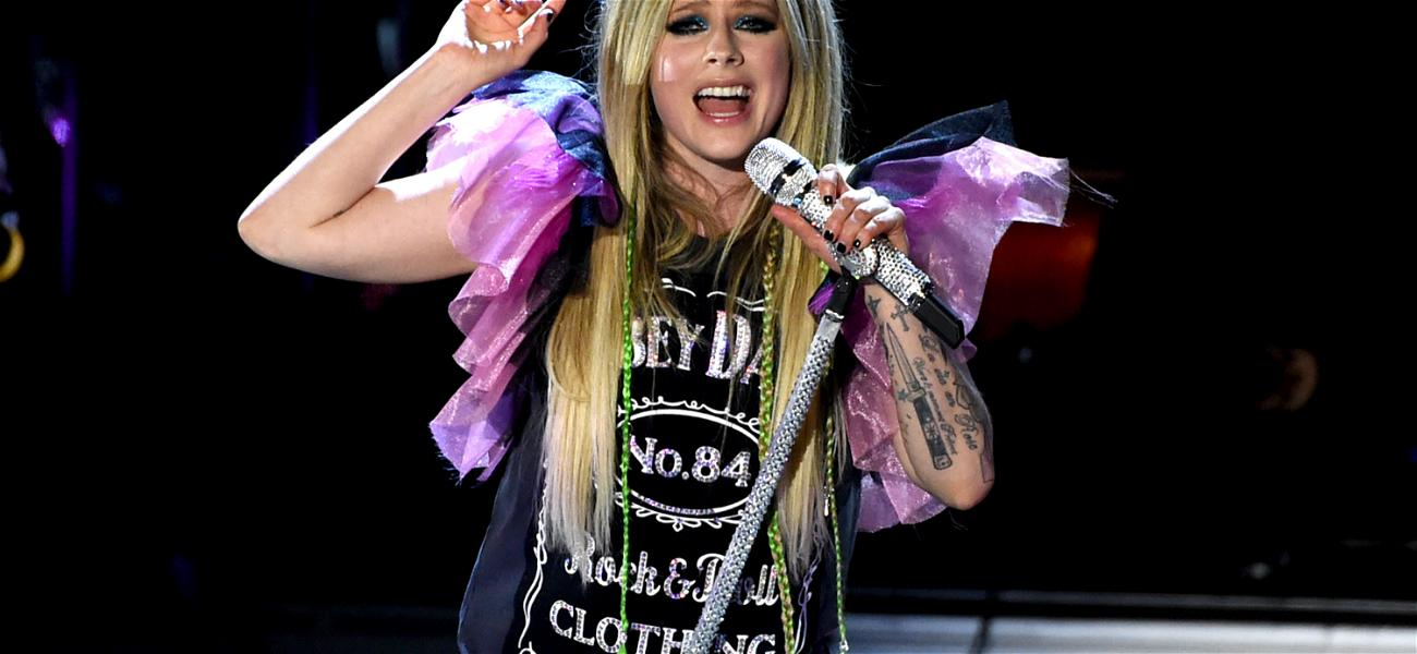 Who's the Lucky Guy Dating Avril Lavigne?
