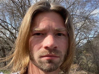 'Alaskan Bush People' Bear Brown Gets Emotional About Late Father
