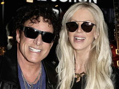 Journey's Neal Schon Sues Live Nation, Claims Security Guard Assaulted Wife