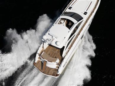 Selena's Yacht in Australia