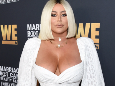 Aubrey O'Day Spreads Legs On Instagram, Gets Slammed: 'What Did You Do To Your Face, Girl?'