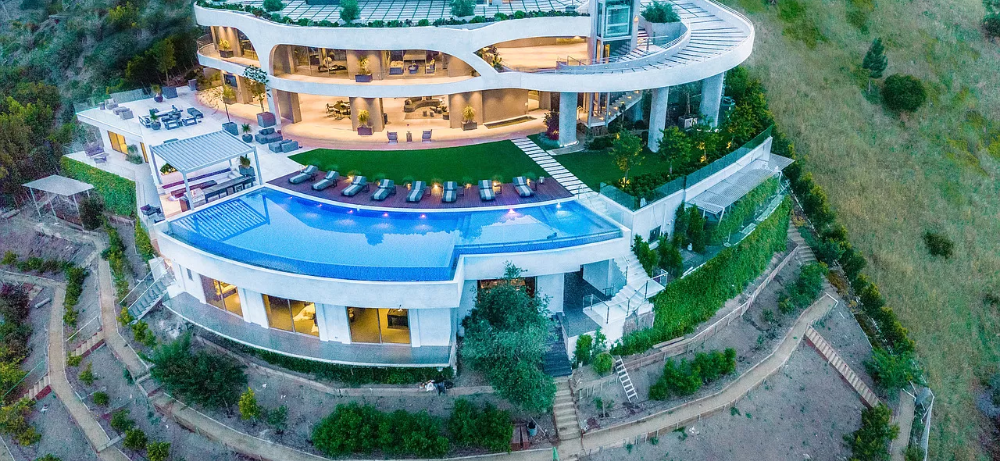 Travis Scott Drops $23.5 Million On MASSIVE Hollywood Hills Home — See The Insane Photos!!