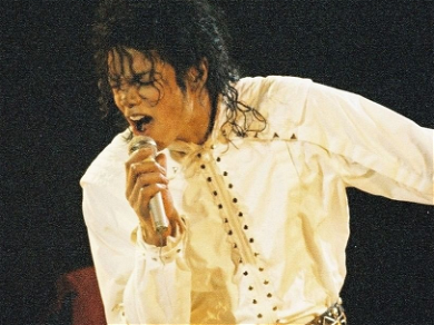 Michael Jackson 'Innocent' Trends On Twitter After Judge Tosses Wade Robson's Lawsuit