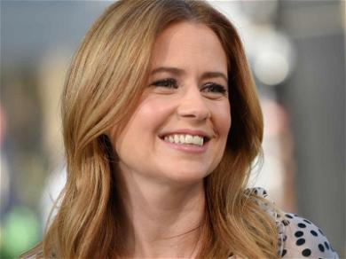 Jenna Fischer Donates Entire Appearance Fee After DePauw University Protest