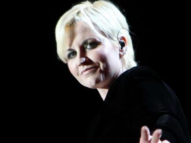 Celebs React to the Passing of Cranberries Singer Dolores O'Riordan