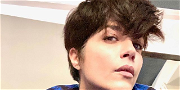Selma Blair Gushes Over Fitting Into 30-Year-Old Riding Shirt!