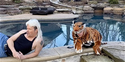 Watch Jenny McCarthy And Donnie Wahlberg Recreate 'Tiger King' Joe Exotic's Music Video