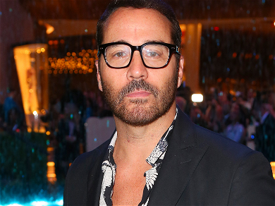 Jeremy Piven Teams Up With Navy Seals To Help Protect Troops Overseas From COVID-19