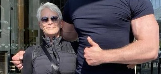 Jamie Lee Curtis Dwarfed By 'Tallest Actor In The World' On Set Of 'Borderlands' Movie
