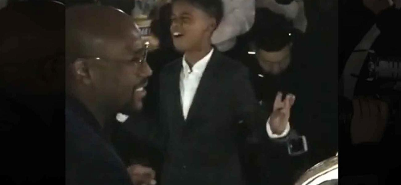 Floyd Mayweather Jr. Serenaded By 'Lion King' Star for 41st Birthday