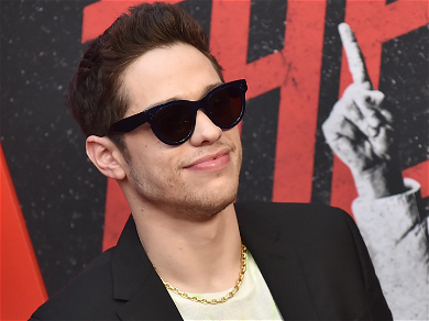 Pete Davidson Says He's Ready To 'Hang Up The Jersey' On 'SNL'