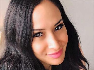 'RHOC' Alum Jo De La Rosa Claims Slade SmileyPaid For Her Role