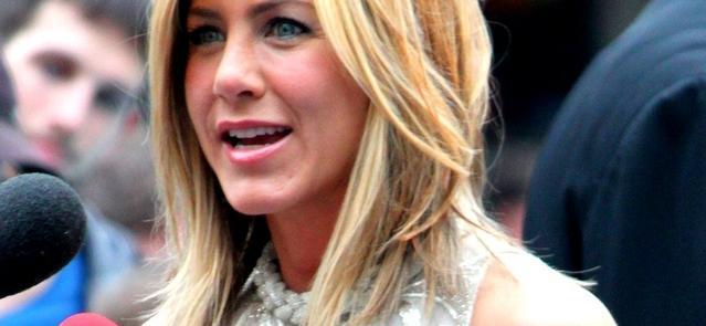 Jennifer Aniston: Unwrapped