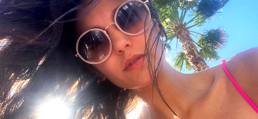 'Vampire Diaries' Nina Dobrev Slays Fans In Bikini & Hilarious Take On Social Distancing