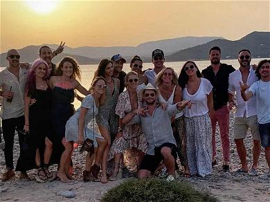 Chris Hemsworth's Wife Celebrates Birthday With Matt Damon & Friends