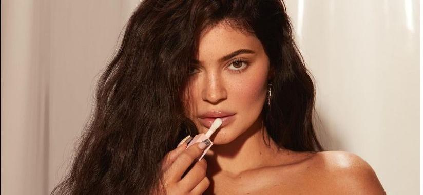 Kylie Jenner's Nipples Are Popping In Super Skimpy Black Bikini!