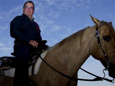 'Star Trek' Star William Shatner's Divorce Settlement — He Gets The Horse Semen, She Gets The Crockpot