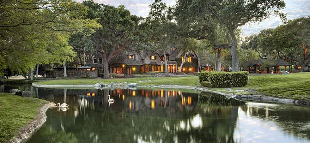 Neverland Ranch Goes Up For Sale