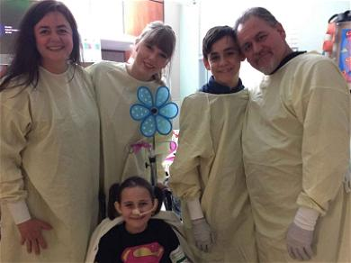 Taylor Swift Visits 8-Year-Old Burn Victim in the Hospital