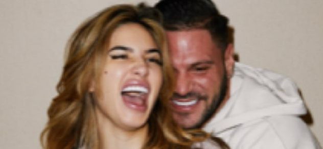 Ronnie Ortiz-Magro Embraces GF Amid Reports He's Not Going To Rehab After DV Arrest