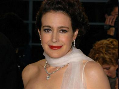 'Ace Ventura' Star Sean Young Allegedly Caught on Surveillance Video Stealing Two Laptops