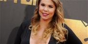 Kailyn Lowry Shows Off Big Baby Bump In Tight Outfit During Walk With Dogs