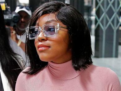 R. Kelly's Ex-Girlfriend Azriel Clary All Smiles Amid Singer's Desperate Prison Plea