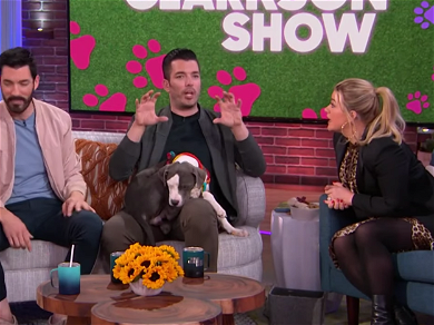 'Property Brothers' Stars Drew & Jonathan Scott Spill All To Kelly Clarkson About 'Brady Bunch' Home Remodel