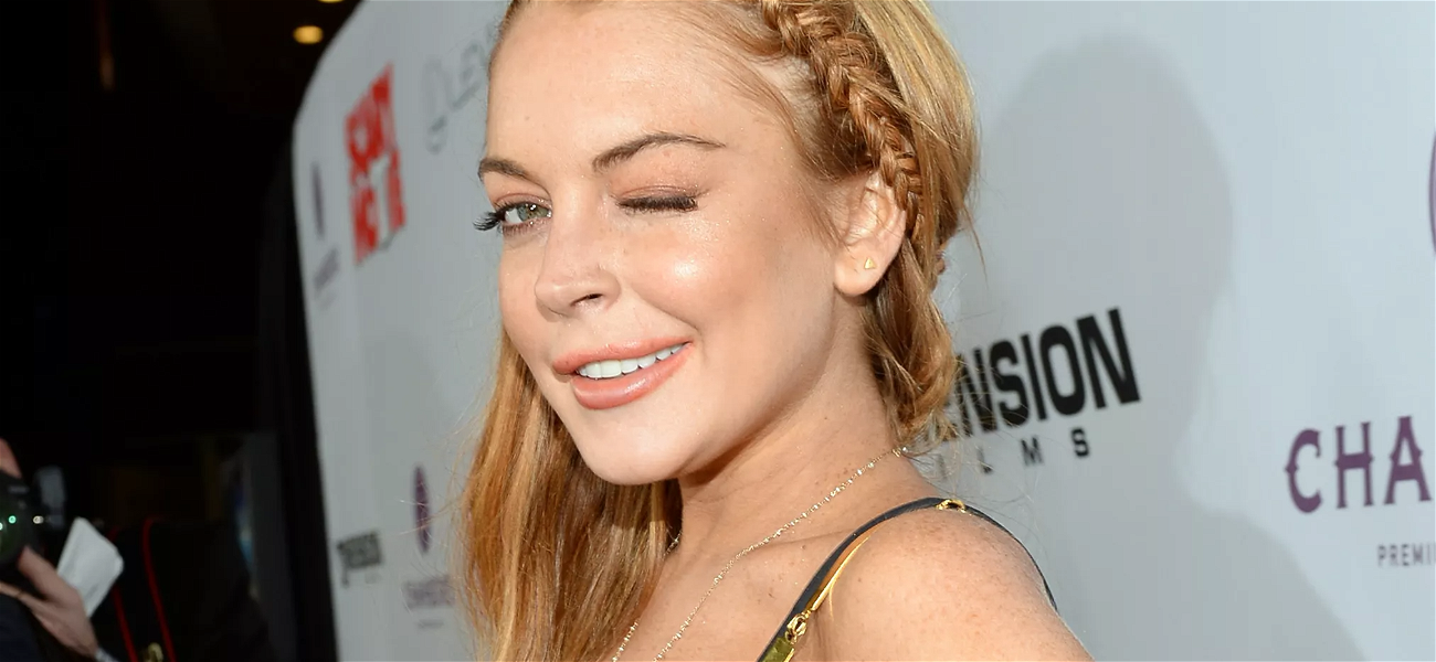 Lindsay Lohan 'A Solid 9.5' In Skimpy Spandex For Her Morning Yoga